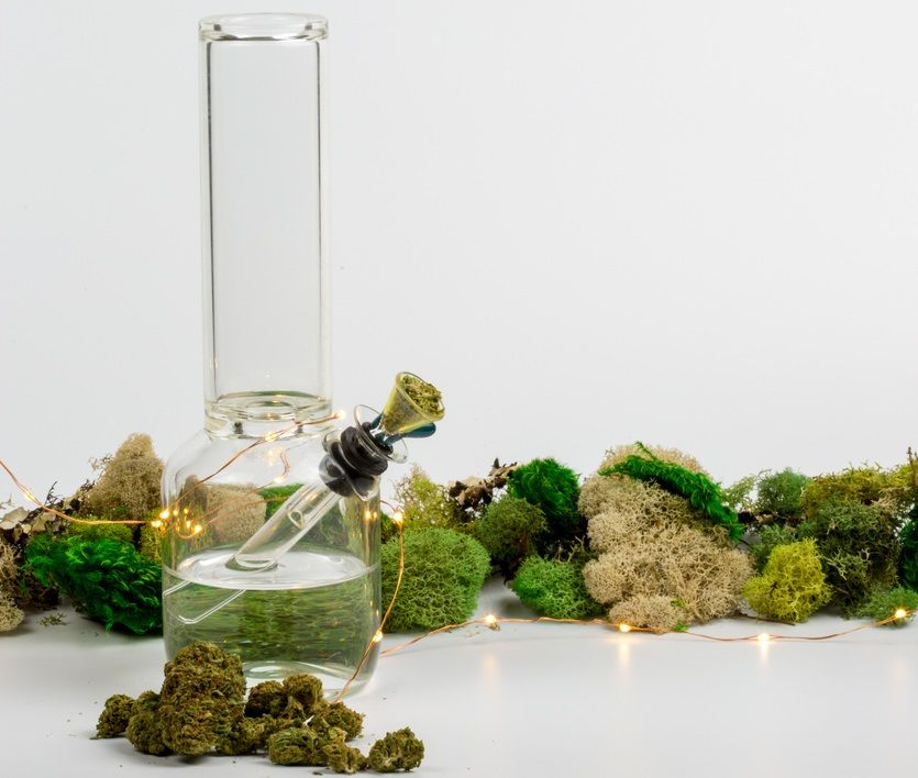 The best 5 bongs for smoking marijuana buds