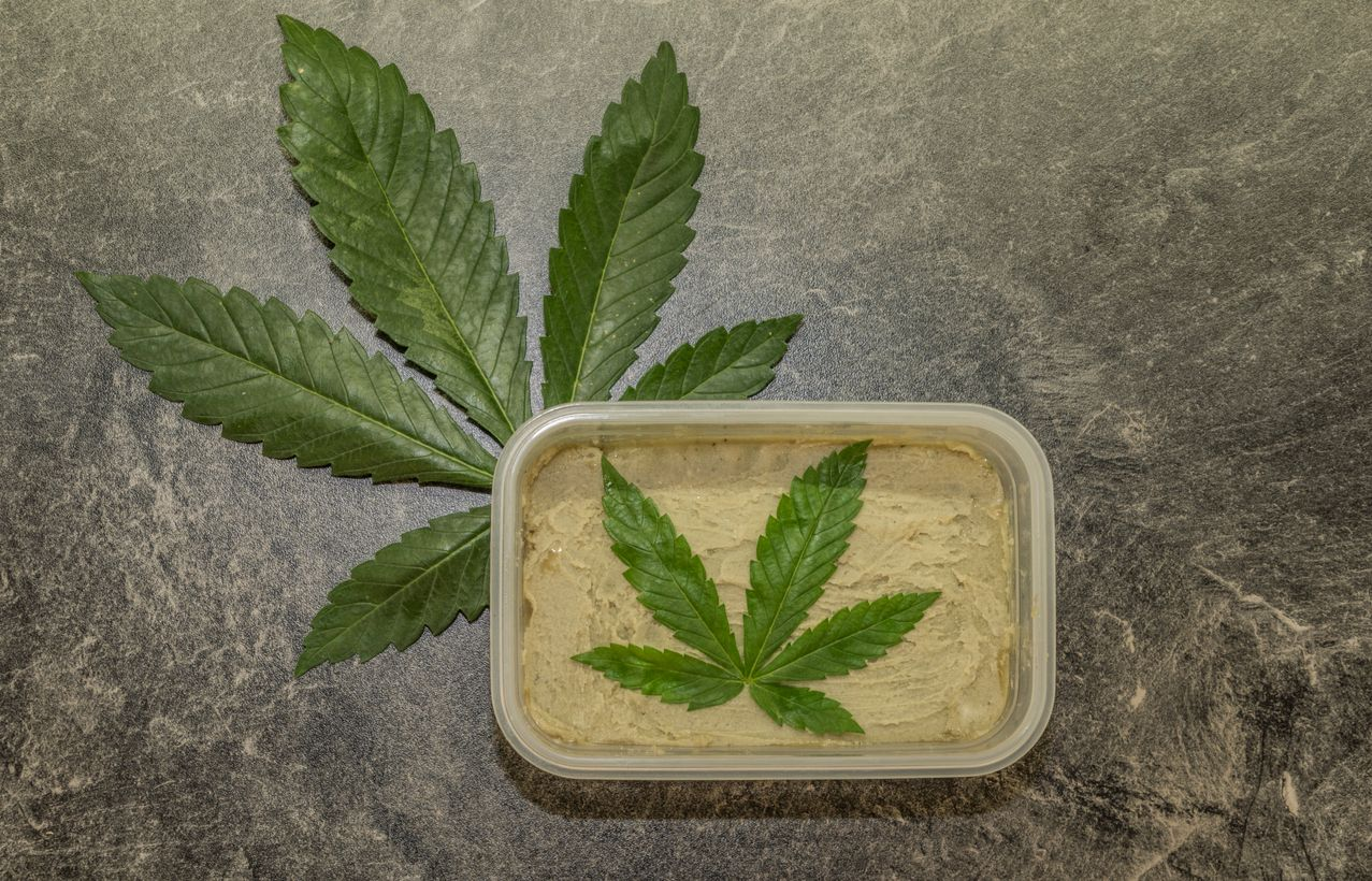 Is cannabutter or cannaoil the best base to use for making marijuana edibles