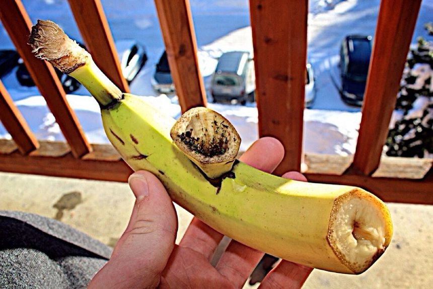 How to make a banana pipe