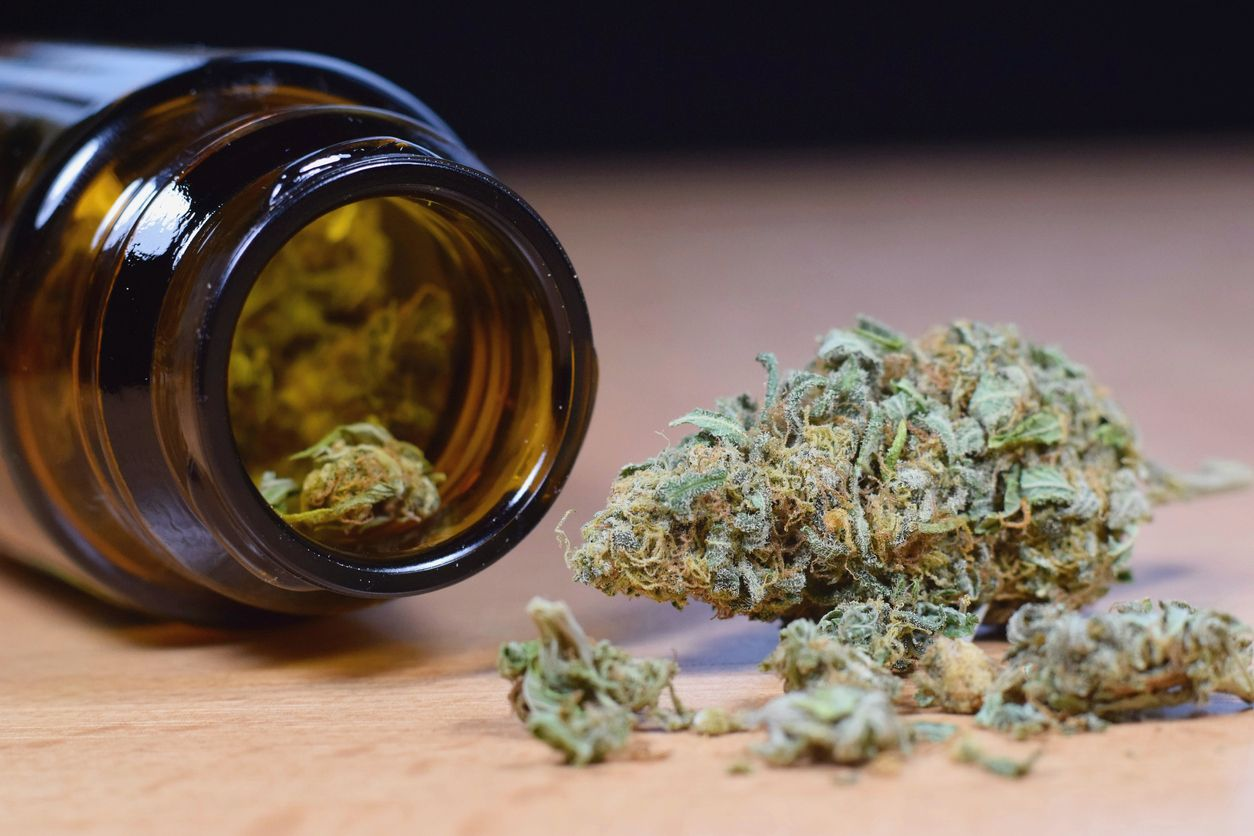 Illinois pot shops offer curbside weed pickup for medical users