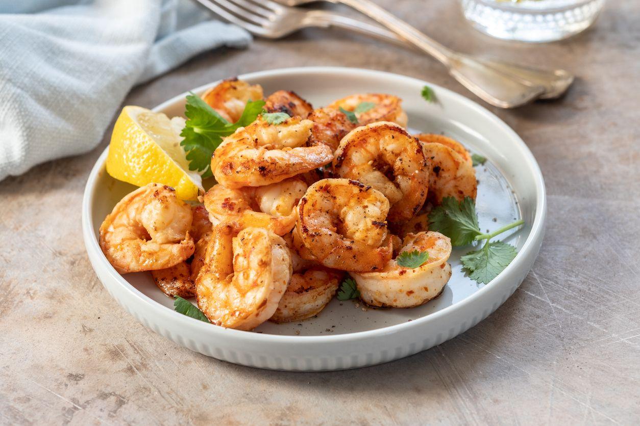 Easy lemon butter shrimp recipe with cannabutter