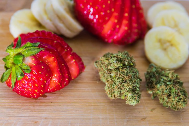 The best Strawberry flavored weed strains Including an infused Strawberry jam recipe
