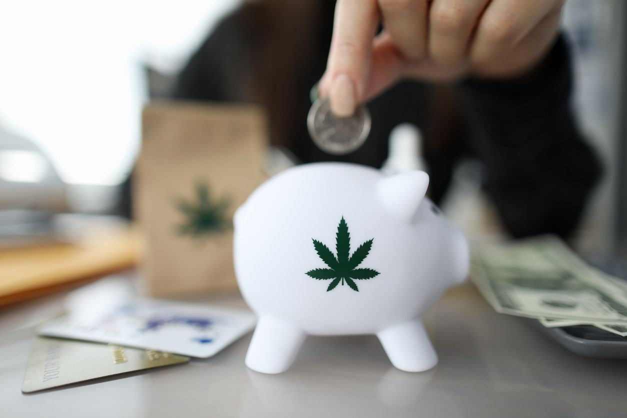 State banking associations call for cannabis banking legislation