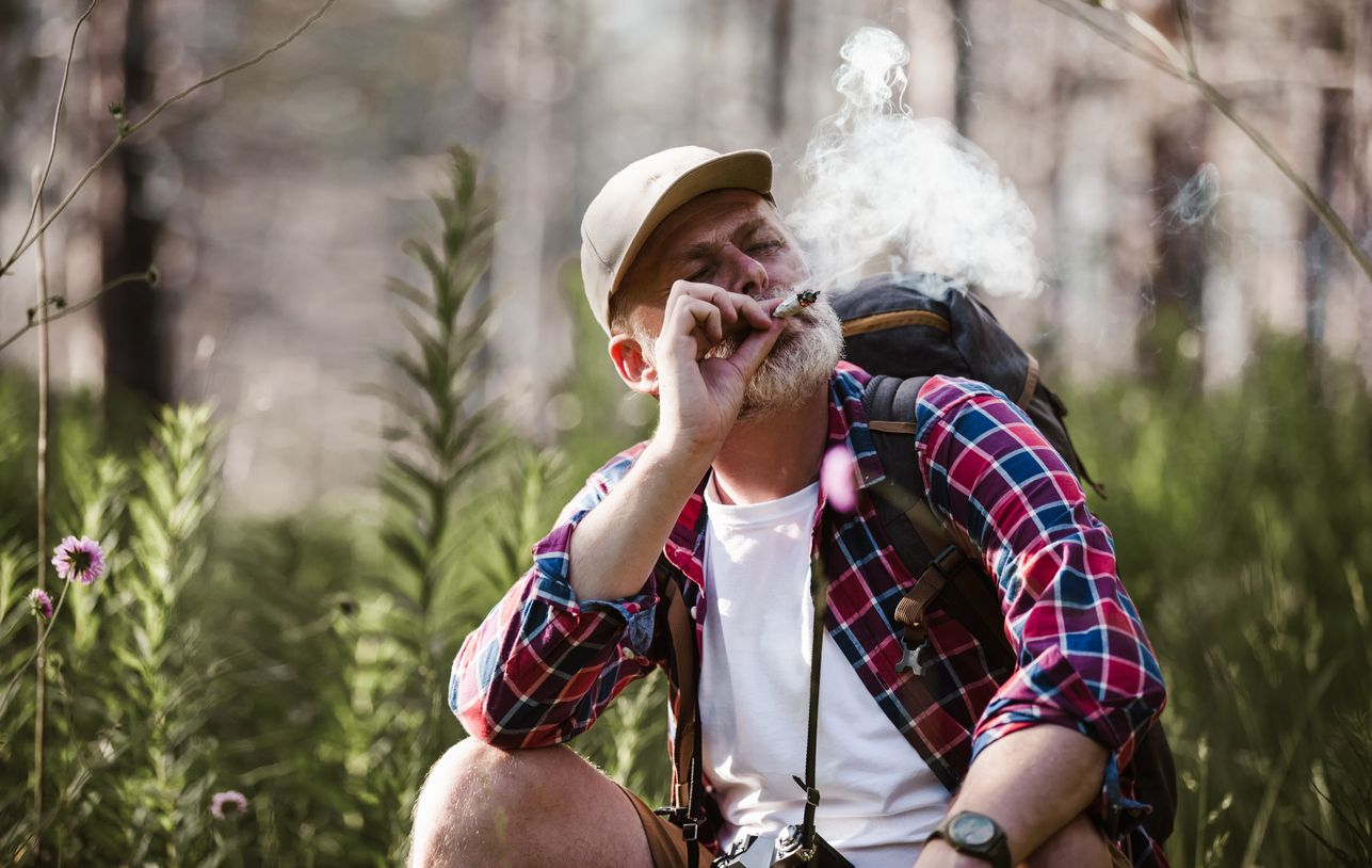 The best ways to travel with weed