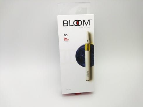 feature image Bloom Blue Dream 0.35 grams Disposable