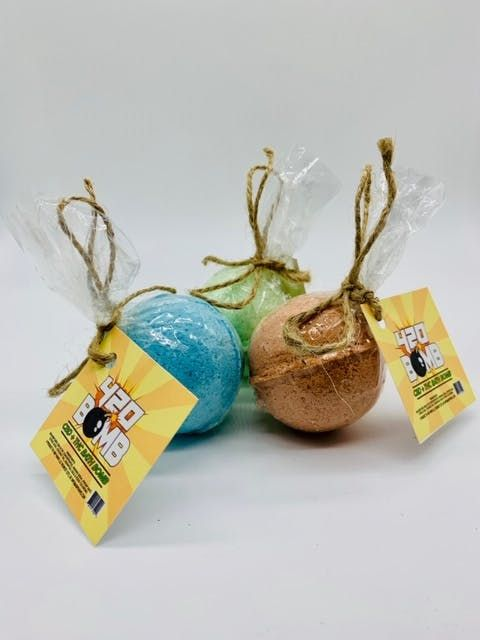feature image 420 Bomb Bath Bombs