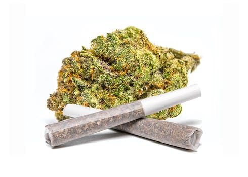 feature image 0.5g Pre-Roll - Cookies and Cream