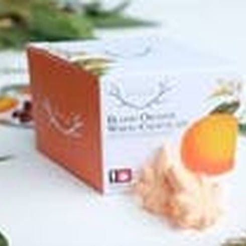 feature image Blood Orange White Chocolate 10-Pack