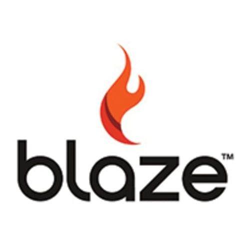 feature image Blaze - 1:1 Milk Chocolate Crunch Bar