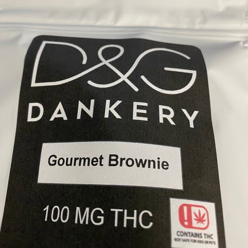 feature image 100 mg Brownie