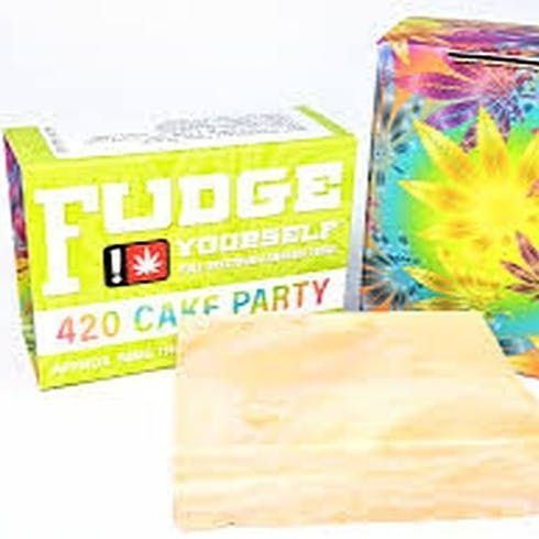 feature image 420 Cake Party Fudge