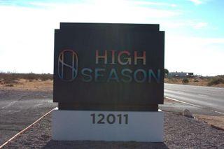 store photos High Season - Adelanto