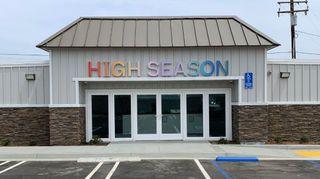 store photos High Season - Perris