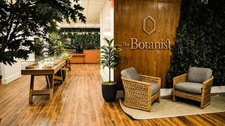 image feature The Botanist - Queens