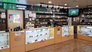 store photos 365 Recreational Cannabis - Dayton