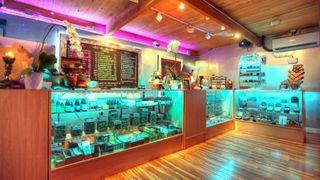 store photos 99 High Tide - Malibu