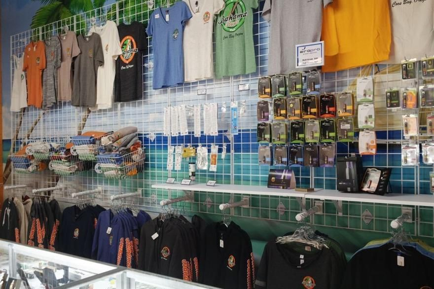 store photos Bahama Buds - Coos Bay