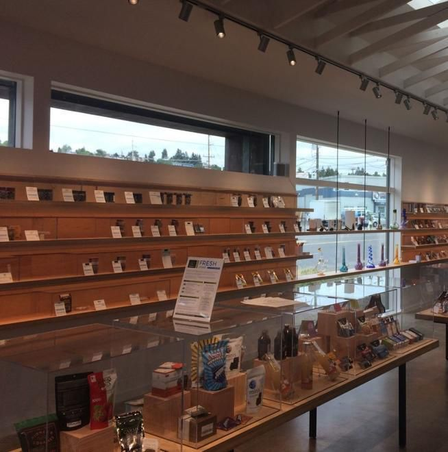 store photos Dockside Cannabis in Ballard