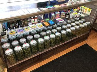 store photos Floyd's Fine Cannabis on 28th