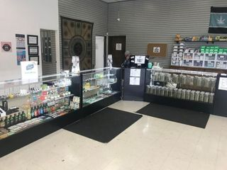 store photos Floyd's Fine Cannabis on Whitaker