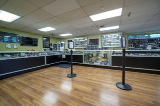 store photos Fweedom Cannabis in Mountlake Terrace