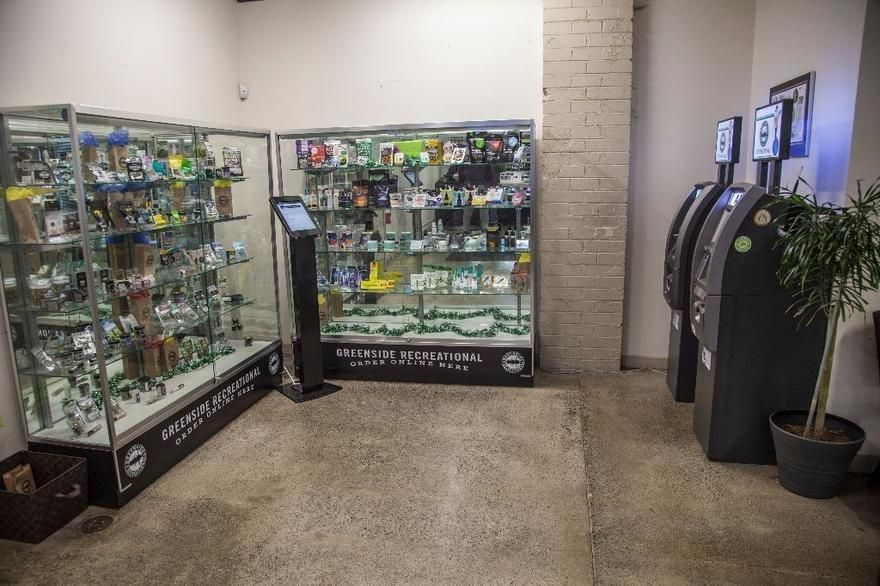 store photos Greenside Recreational - Des Moines