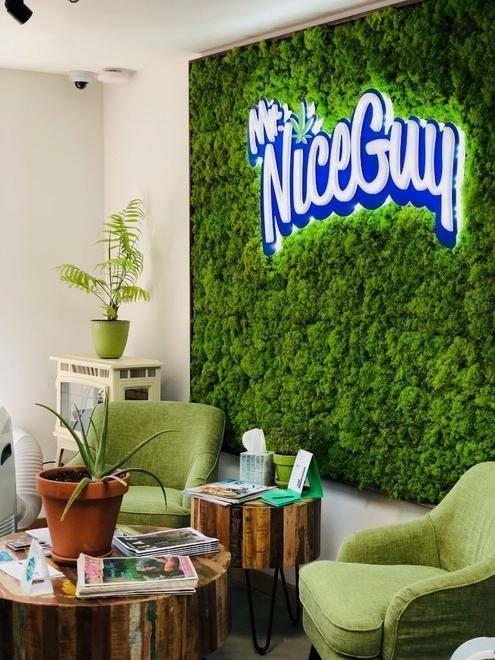 store photos Mr. Nice Guy - Bend