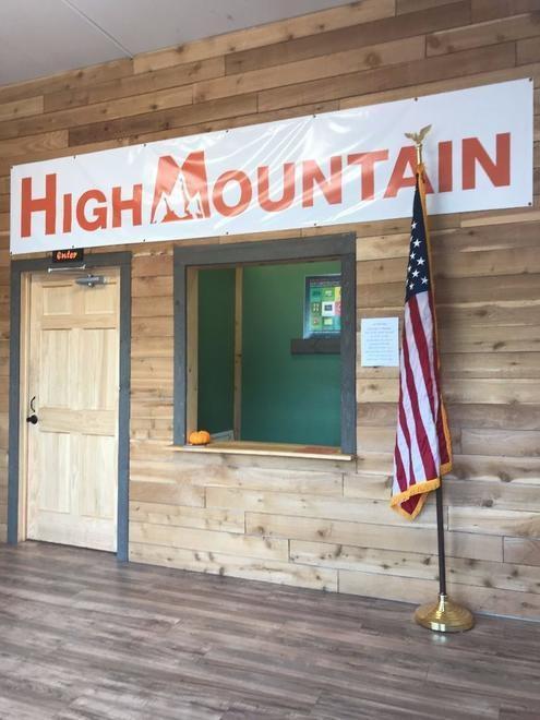 store photos High Mountain Rec