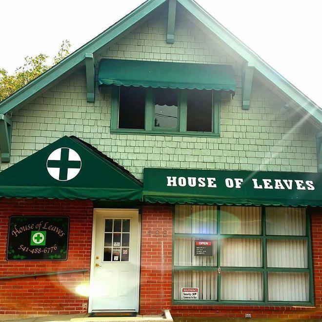 store photos House of Leaves - Ashland