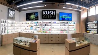 store photos Kush Alley