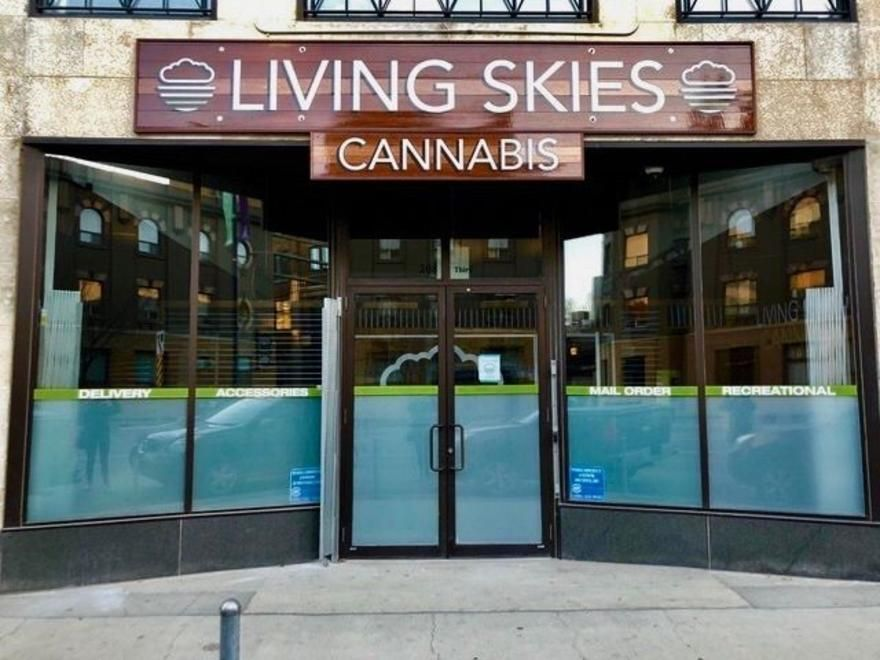 store photos Living Skies Cannabis