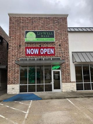 store photos LivWell Meds