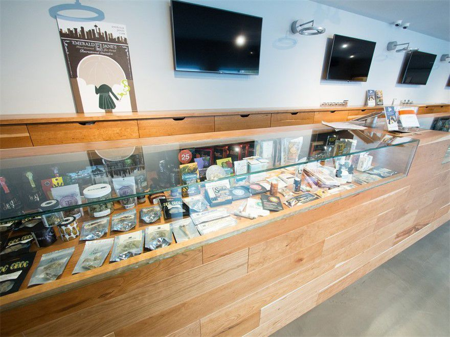 store photos Lux Pot Shop - Ballard