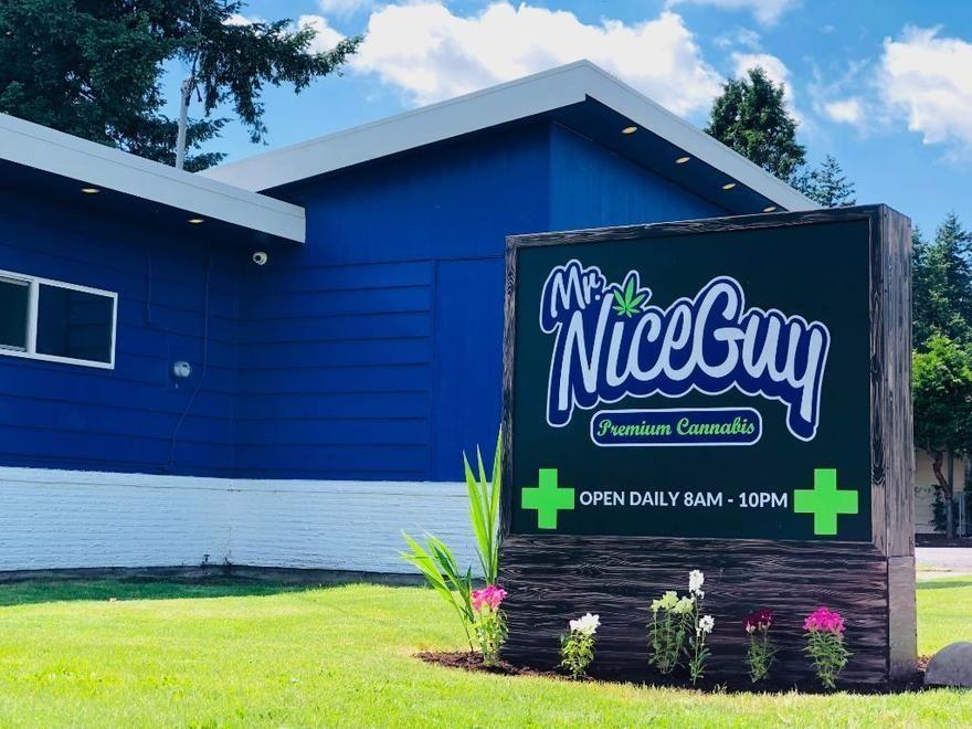 store photos Mr. Nice Guy - Portland