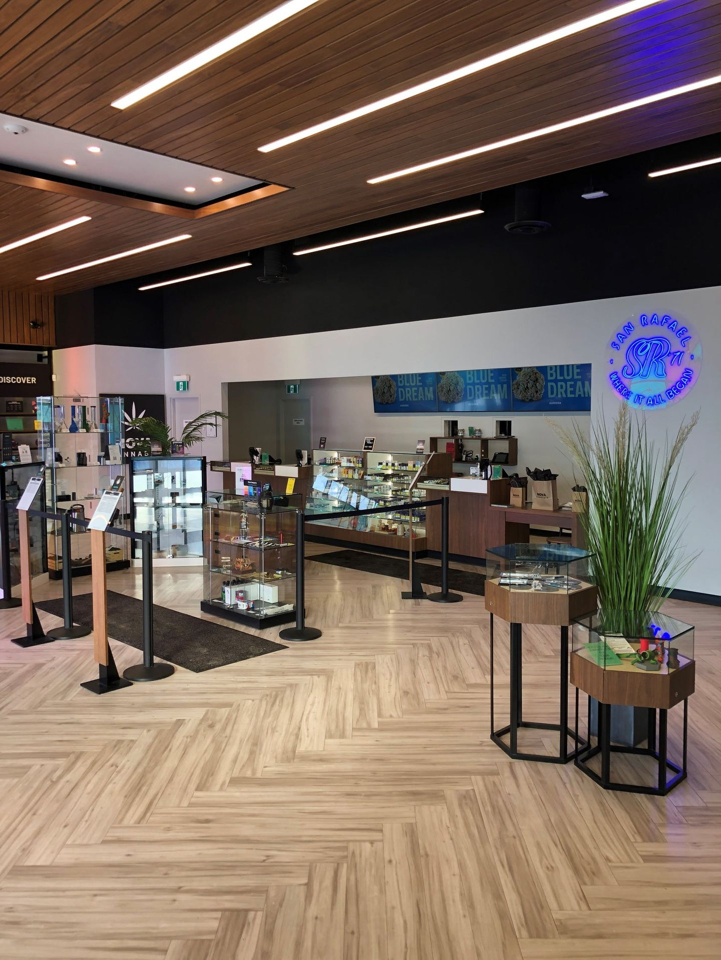 store photos Nova Cannabis - Grove Landing
