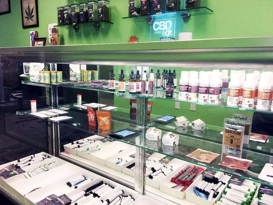 store photos Oasis Cannabis - Newberg