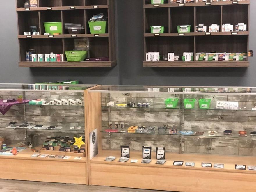 store photos Oregon Cannabis Outlet - West Eugene