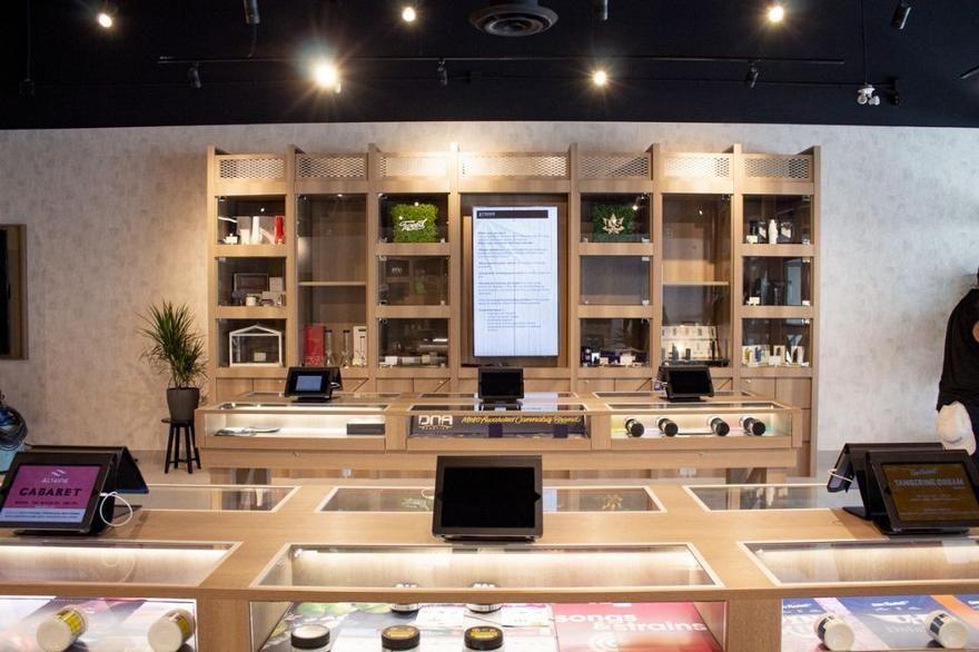 store photos Pioneer Cannabis