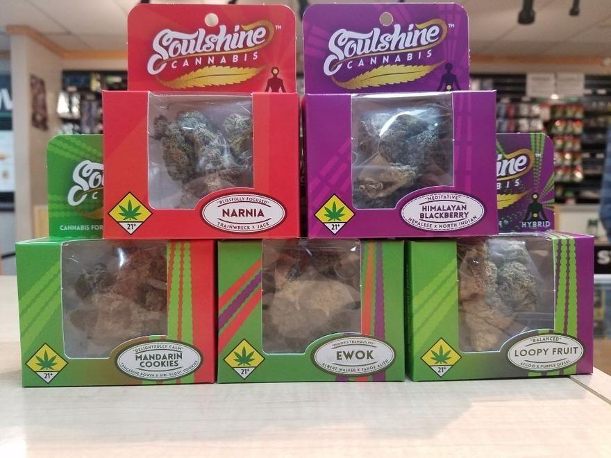 store photos Rainier Cannabis - Mountlake Terrace