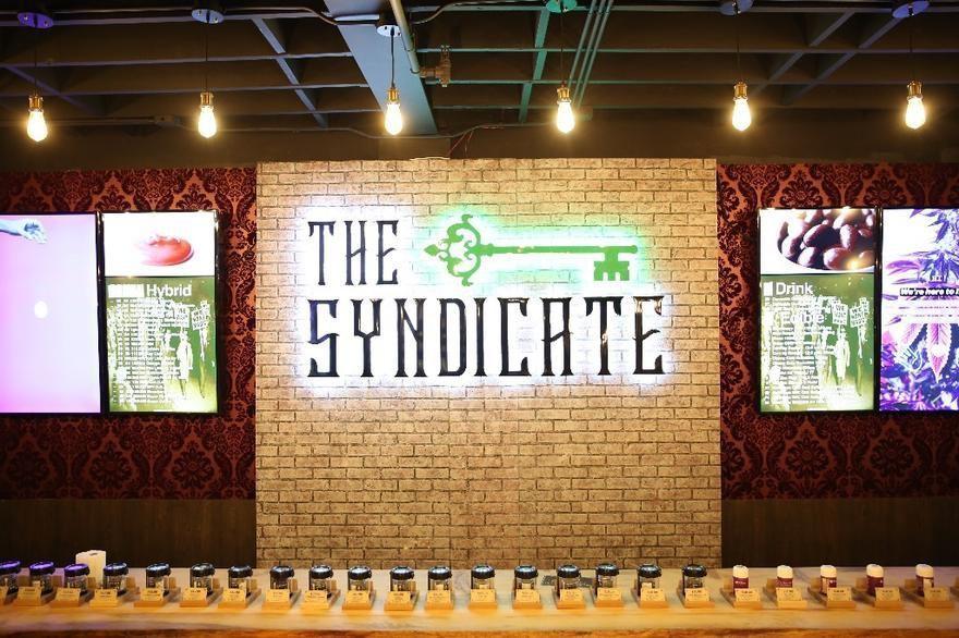 store photos RDC - The Syndicate Tarzana