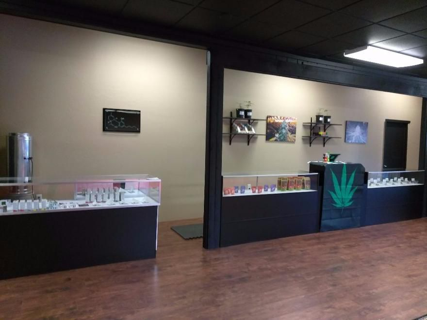 store photos Southern Oregon Cannabis Connection - Grants Pass