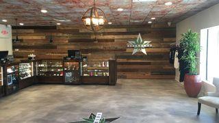 store photos Star Buds Lake Hefner