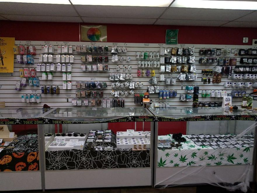 store photos Sweet Leaf Cannabis - Springfield