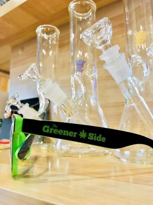 store photos The Greener Side: Detroit Lake